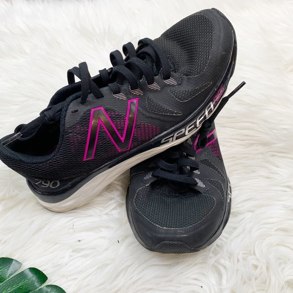 New Balance Shoes - New Balance purple and grey running shoes